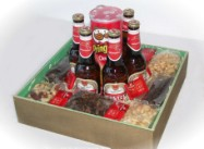 Deliver Beer, Pringles, chocs, biltong, dry wors and nuts in a presentation box - click to enlarge
